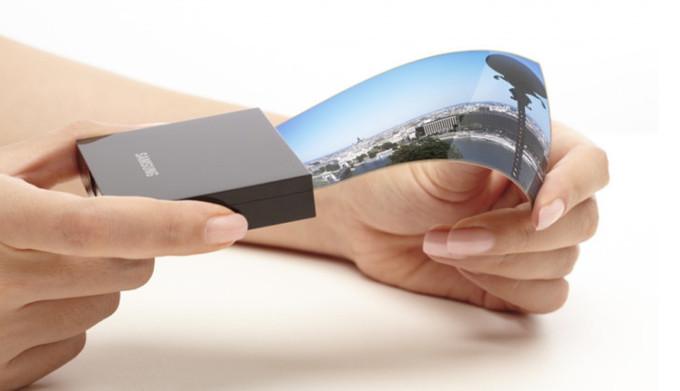 سامسونگ تصمیم دارد نمایشگرهای خم شونده خود را در آمریکا تولید کند