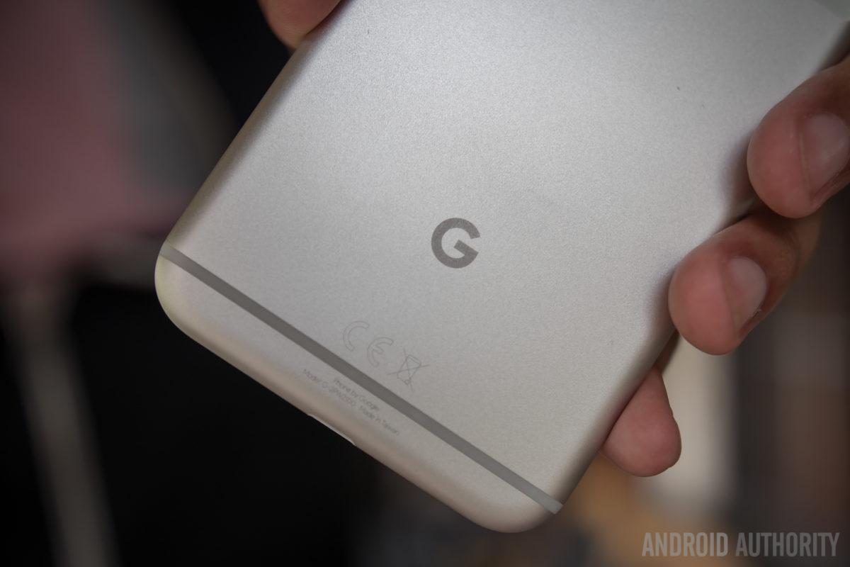گوگل پیکسل (Pixel) چطور ساخته شد؟ طنز