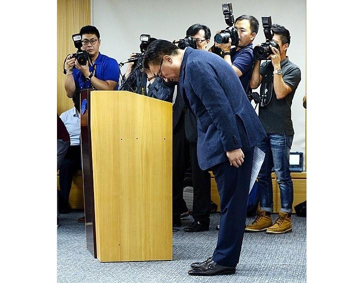 رئیس سامسونگ موبایل عهد کرد که مجدداً اطمینان ازدسترفتهی مشتریان را به دست آورد