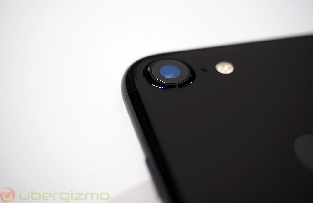 iphone-7-camera-jet-black