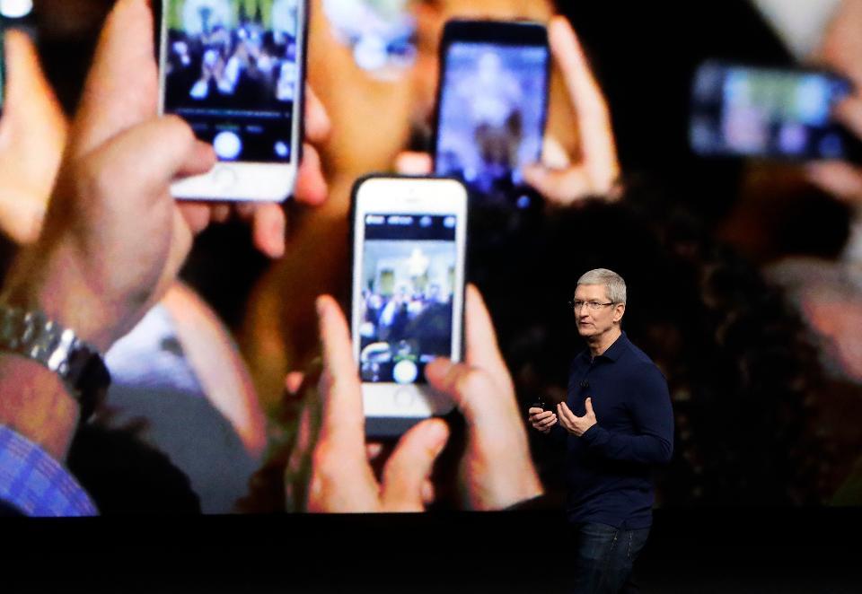 جای نگرانی نیست اما اپل اطلاعات تماس آیفونیها را ضبط میکند!