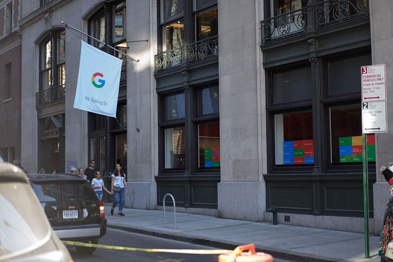 نگاهی به فروشگاه Google Popup در نیویورک