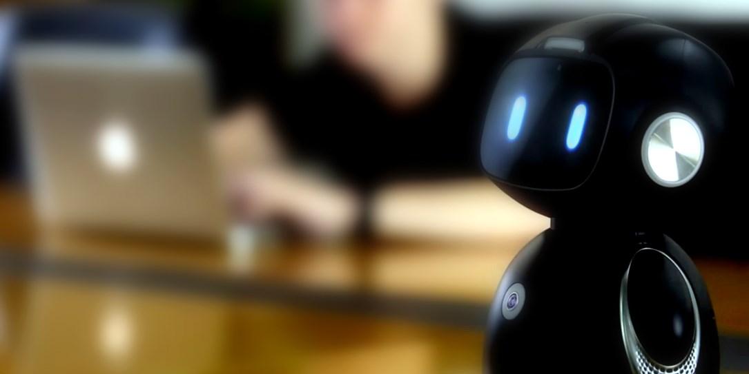 با بامزهترین روبوت اندرویدی جهان آشنا شوید؛ یومی!