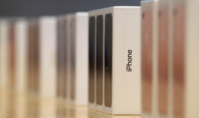 اپل گوشی آیفون تاشو با صفحه نمایش انعطافپذیر میسازد؟