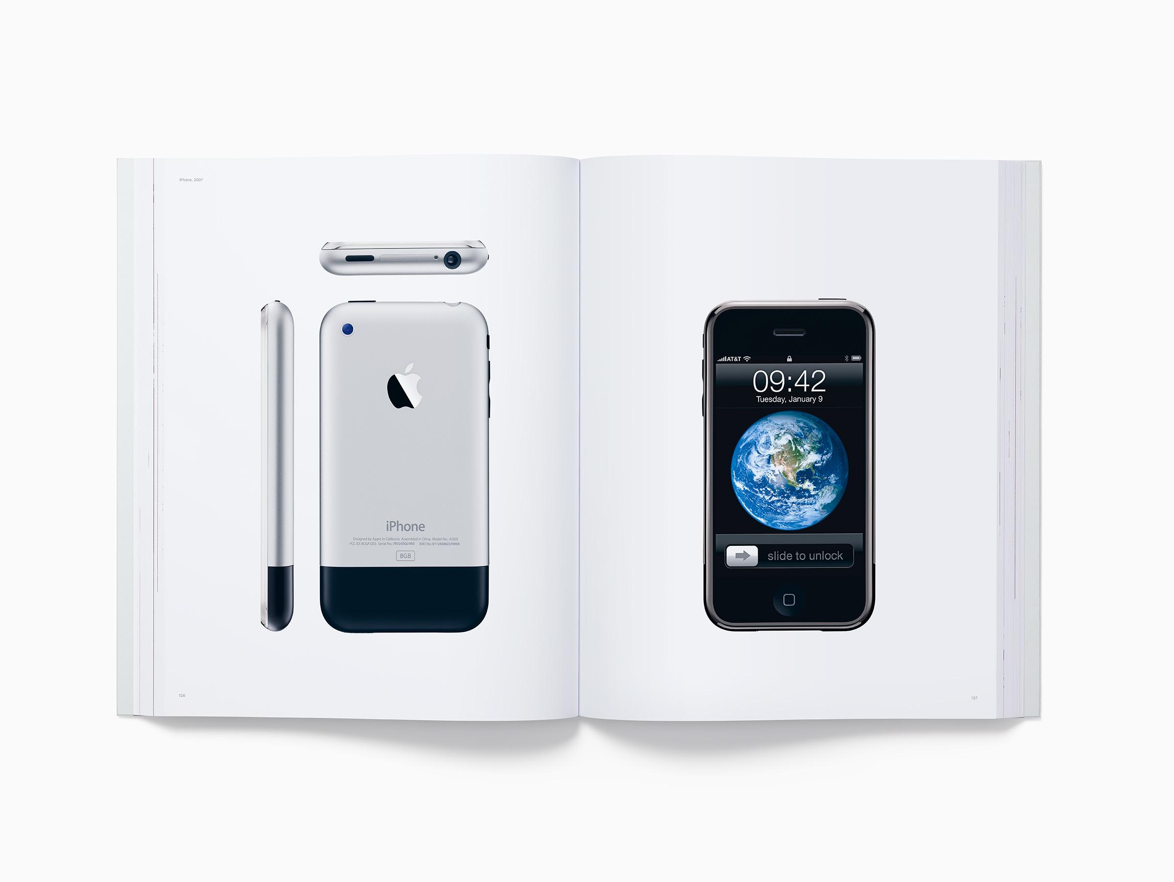 همه محصولات اپل به روایت تصویر در کتاب «طراحی شده اپل در کالیفرنیا»