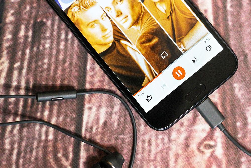 اچ تی سی ۱۰ اوو (HTC 10 Evo) رسما معرفی شد