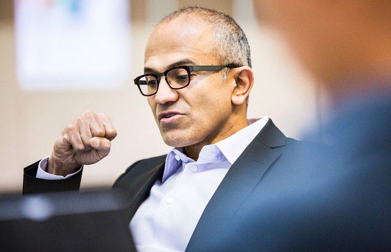 مدیر عامل مایکروسافت: با هر کسی که پیروز انتخابات آمریکا میشد دست یاری میدادیم