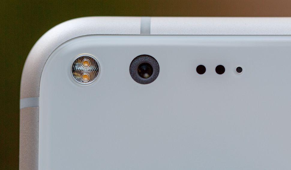 بروز یک مشکل جدی در دوربین گوگل پیکسل