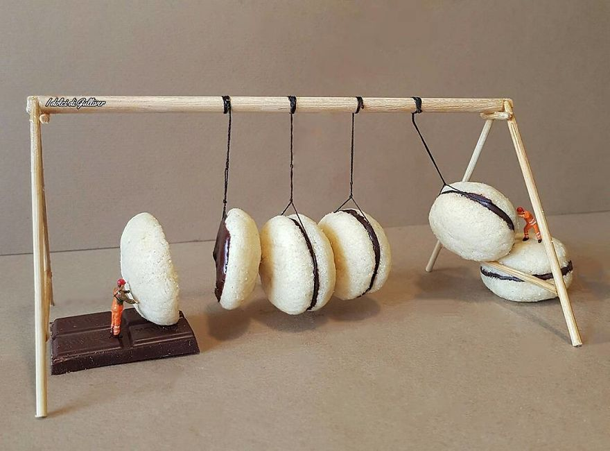 ad-italian-pastry-chef-creates-miniature-worlds-with-desserts-04