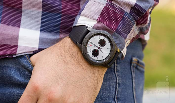 نگاهی نزدیکتر به ساعت هوشمند Samsung Gear S3 !