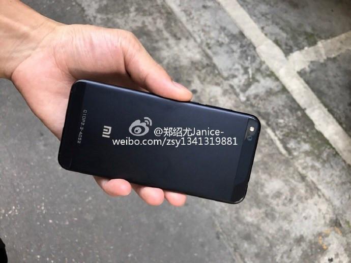 انتشار تصاویری از شیائومی Mi 5c