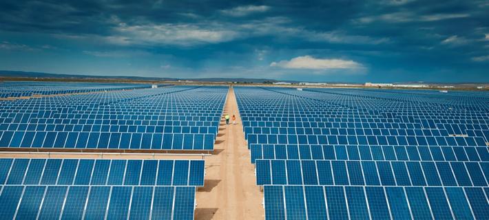 چین در حال حاضر، بزرگترین تولید کننده انرژی خورشیدی در جهان است