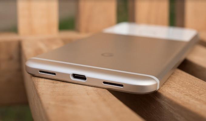 گوشیهای آینده گوگل پیکسل در برابر آب مقاوم میشوند؟/حذف جک سهونیم میلیمتری در دستور کار