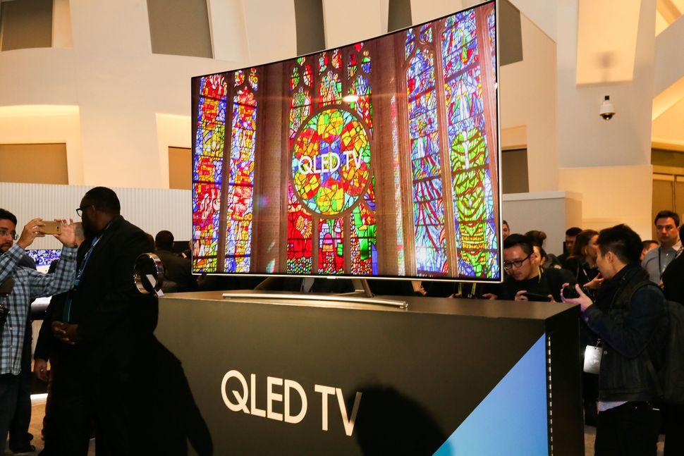 تفاوت دو فناوری QLED در سامسونگ و OLED الجی؛ فناوری قدیمی با اسمی جدید