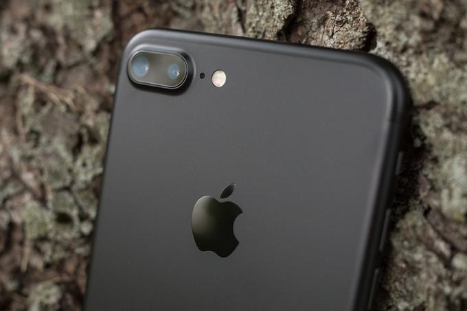 اپل در حال کار بر روی چیپ های گرافیکی خودش برای آیفونهای اینده است