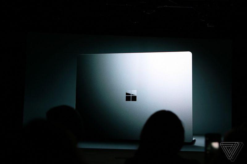 سرفیس لپتاپ (Surface Laptop) و ویندوز ۱۰ اس (Windows 10 S) معرفی شدند؛ گرد و خاک مایکروسافت