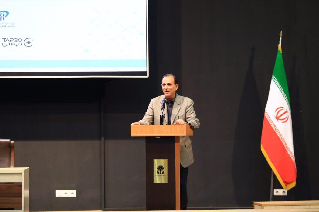 [الکامپ۹۶] رییس سازمان نصر کشور در همایش آینده اقتصاد فناوری اطلاعات اعلام کرد: الکامپ، نمایش خوبی از رشد شتابان فاوا در کشور است