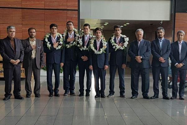 افتخاری دیگر برای کشورمان ؛ فیزیکدانان جوان ایرانی ۵ مدال جهانی گرفتند