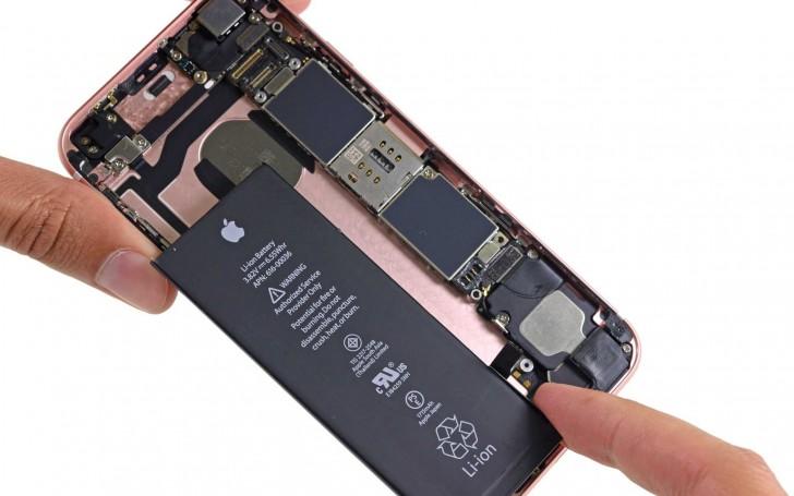 از این پس با کیت iFixit میتوانید صفحهنمایش شکسته و باتری آیفونتان را به تنهایی و در خانه تعویض کنید