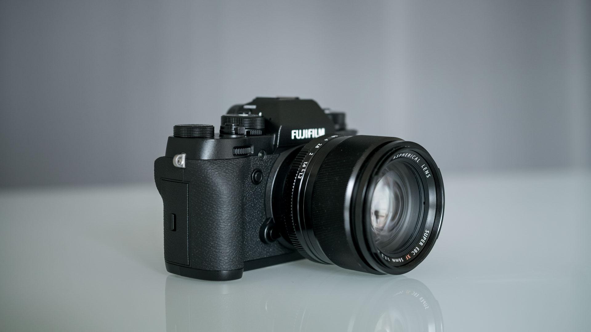 لرزشگیر دوربین Fujifilm X-T2S در داخل بدنه تعبیه خواهد شد