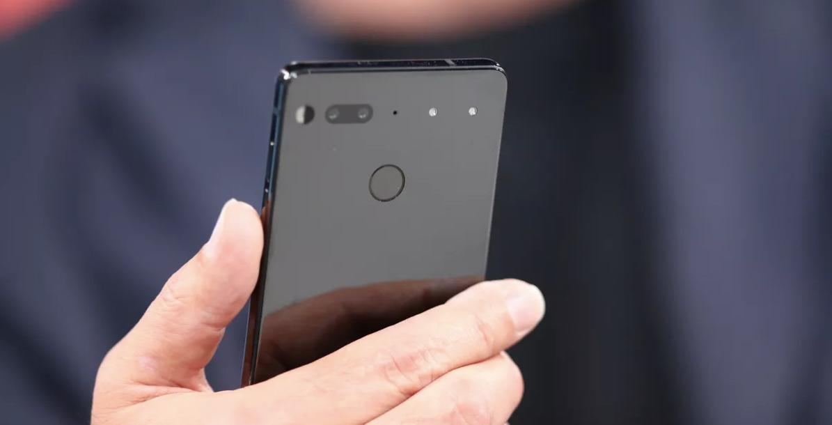 گوشی اسنشال در هفتههای آینده ارسال میشود