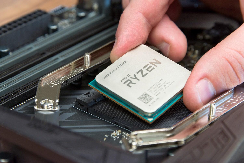 سهم شرکت AMD از پردازندههای رده دسکتاپ در سه ماهه دوم سال ۲۰۱۷ بیش از ۱۰٫۴ درصد رشد داشته است