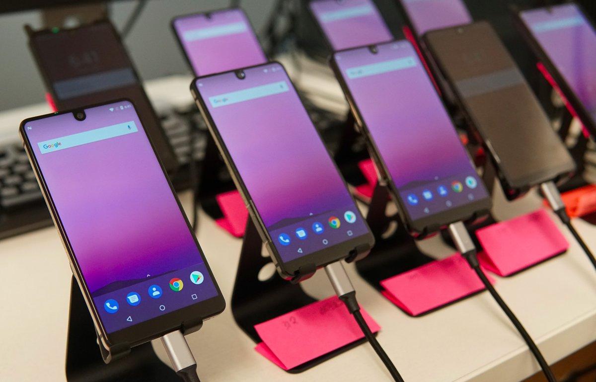 گوشی هوشمند اسنشال (Essential) در رویداد First Look حاضر خواهد شد