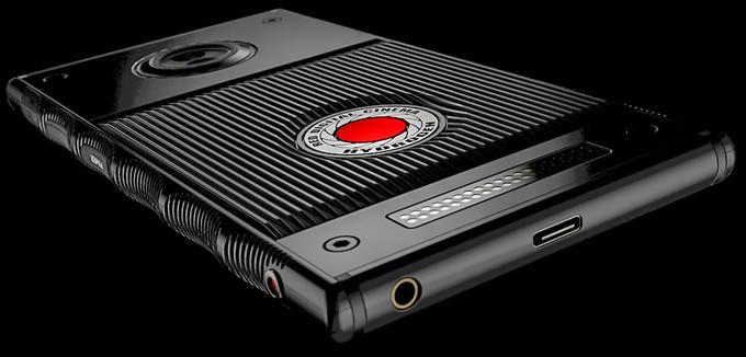 اولین ویدیو از گوشی هولوگرامی RED Hydrogen One