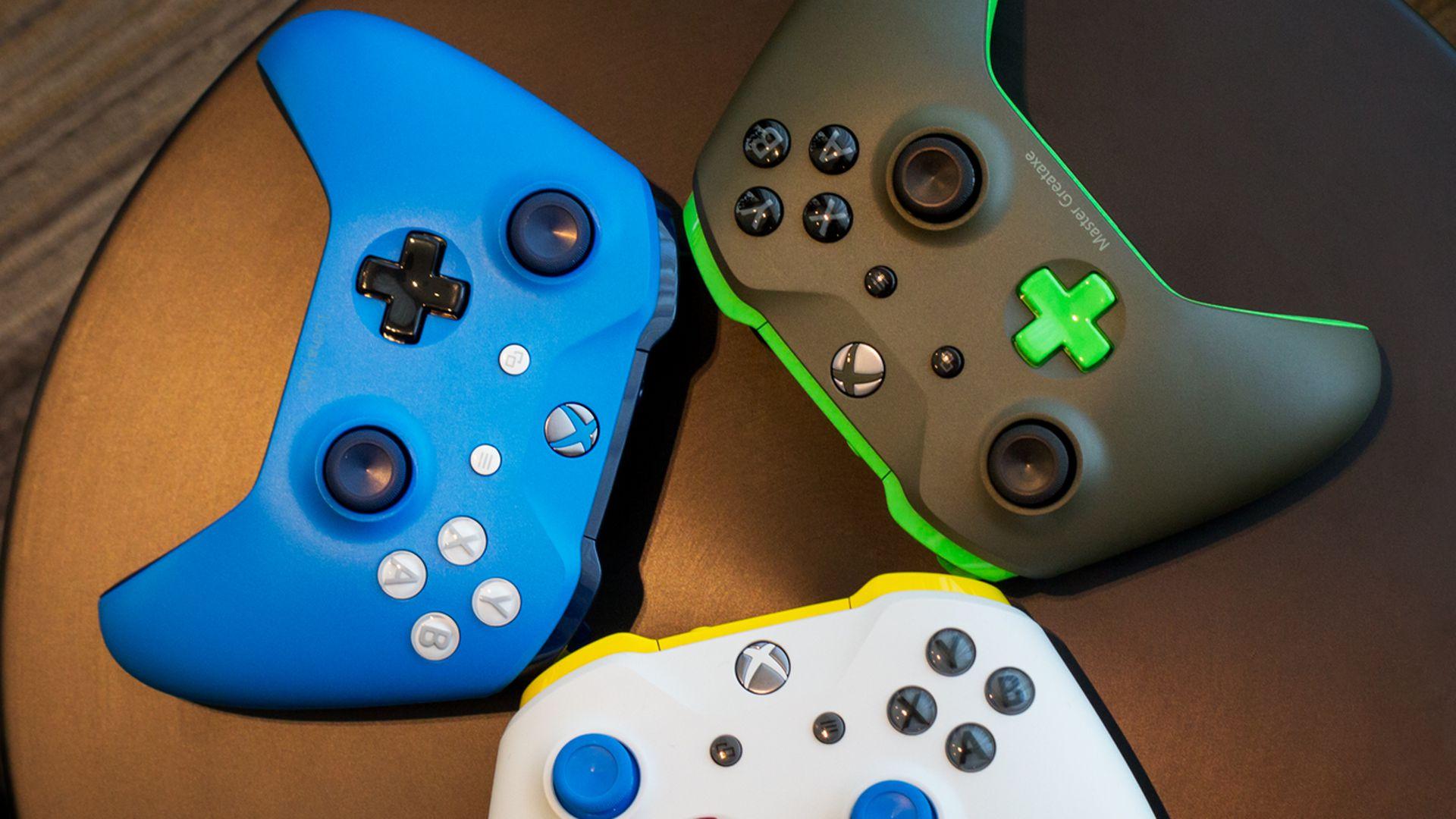 مایکروسافت عرضه آداپتور جدید Xbox را به 2018 موکول کرد