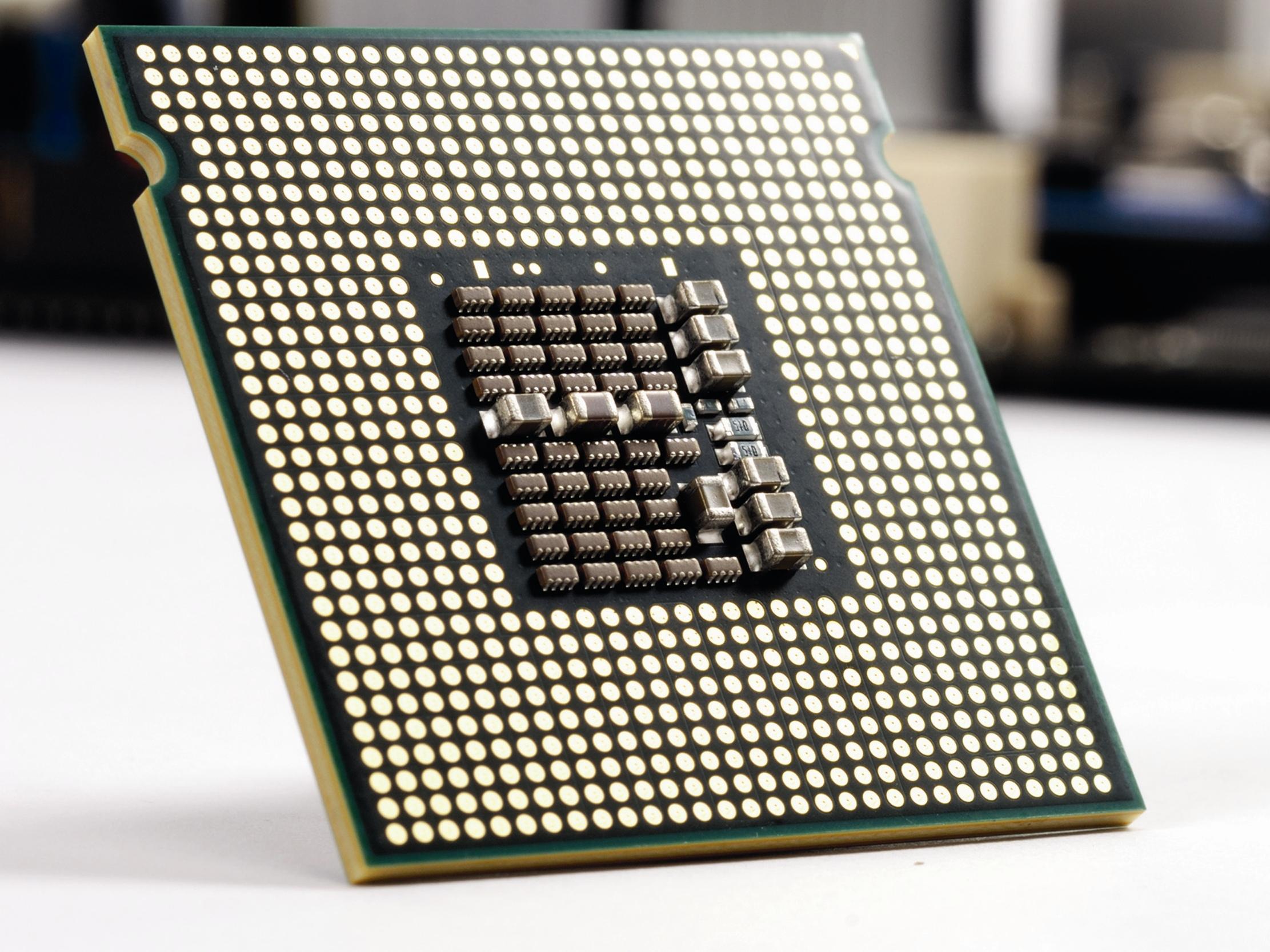 اینتل از نسل هشتم پردازندههای Core i پرده برداشت