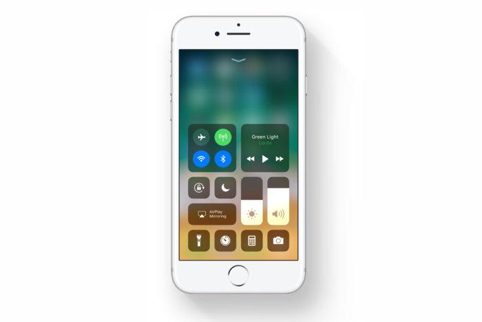 آیا خاموش کردن Wifi و یا بلوتوث از طریق کنترل سنتر iOS 11 به درستی عمل نمیکند؟