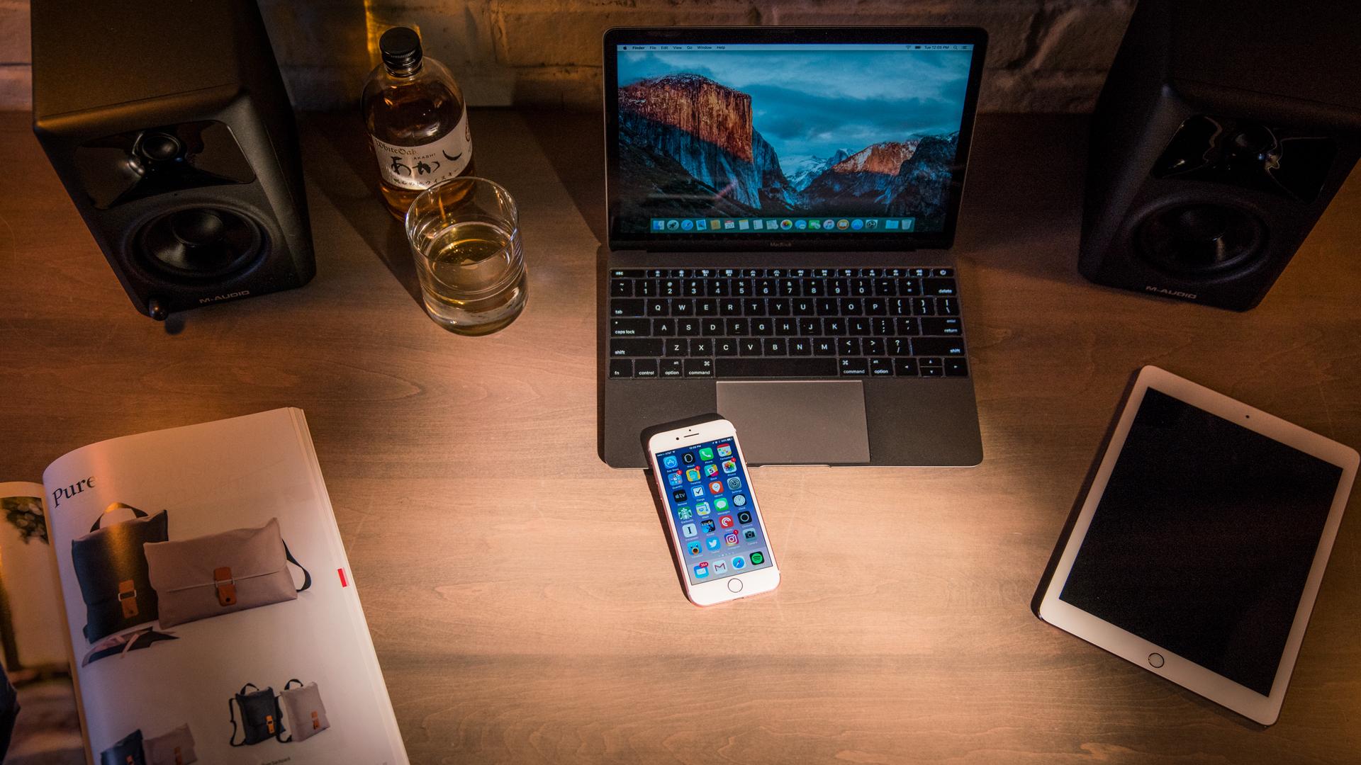 10 لپتاپ که ارزانتر از آیفون 10( iPhone X) هستند