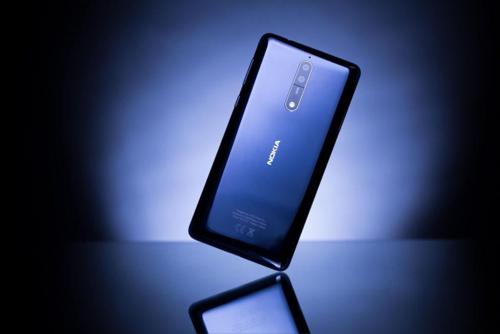 نوکیا 8 (Nokia 8) با 6 گیگابایت رم و 128 گیگابایت حافظه داخلی از ماه بعد!