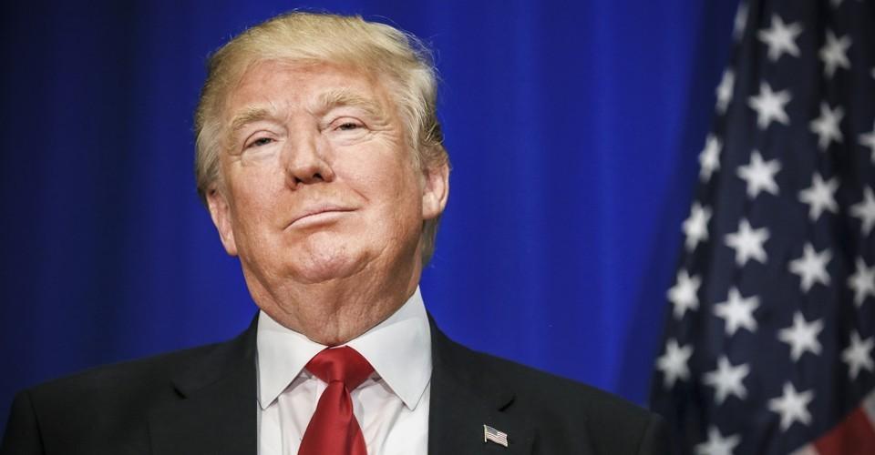 گوشی آیفون رئیس جمهور آمریکا مرورگر سافاری ندارد اما توییتر دارد!