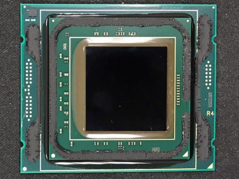دِلید پردازندههای 12 و 18 هستهای سری Core i9 Skylake-X اینتل توسط Der8auer