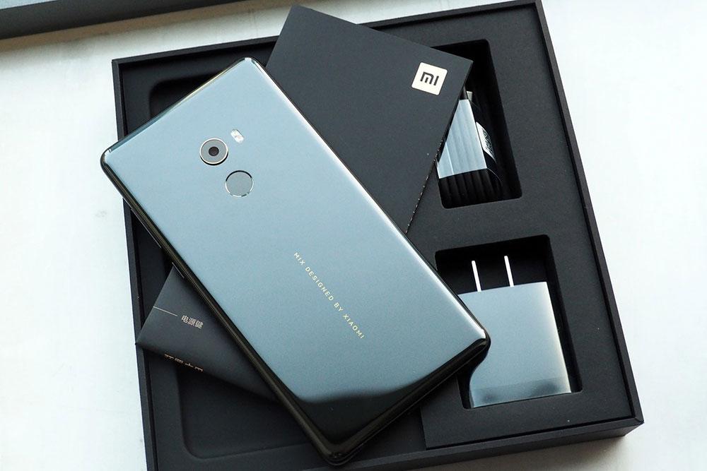 آنباکسینگ شیائومی می میکس 2 (Xiaomi Mi Mix 2)