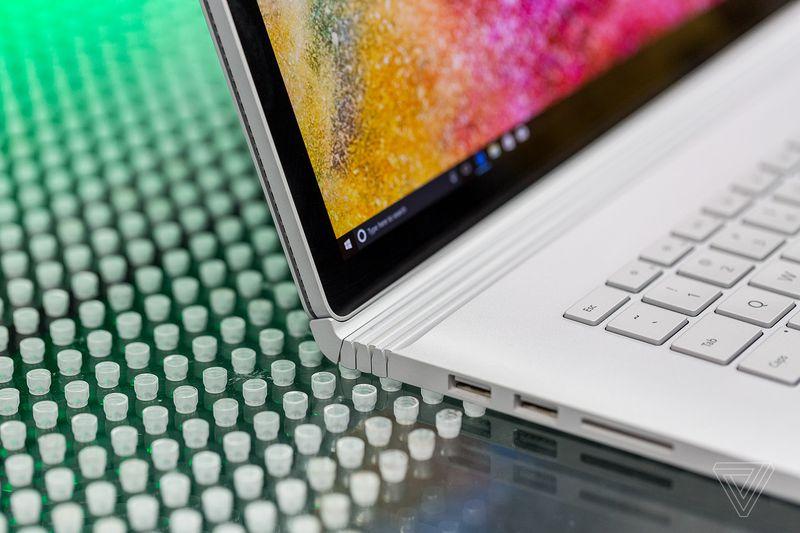 کاهش قیمت سرفیس بوک 2 و لپتاپ سرفیس بین 200 تا 300 دلار به ازای کاهش مشخصات سخت افزار