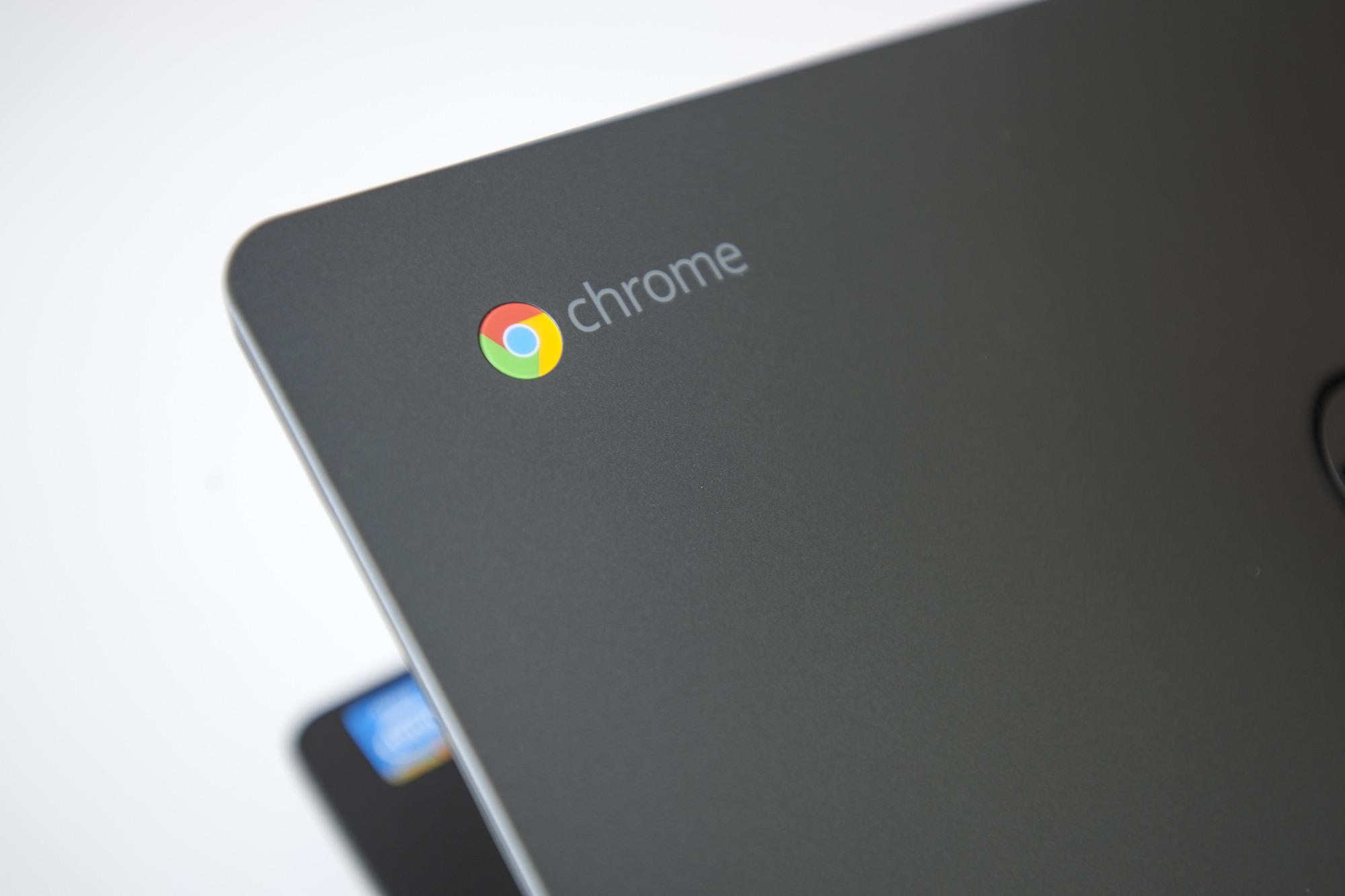 احتمالا اندروید 8.1 اجازه ارسال و دریافت SMS را در Chromebook ها میدهد