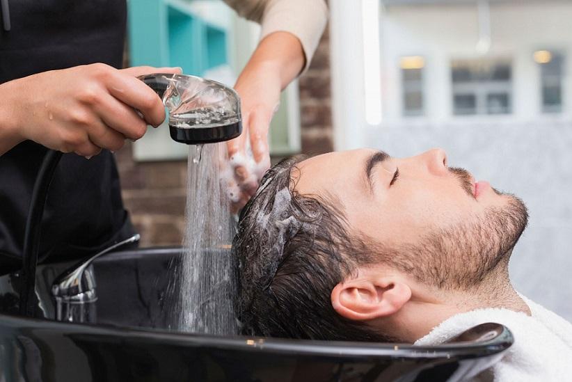 آیا هر روز موهایمان را بشوئیم؟