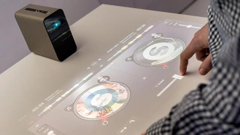 سونی Xperia Touch اندروید 7.1.1 نوقا را دریافت میکند