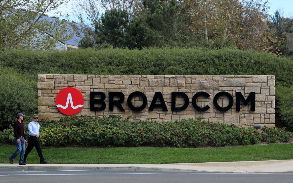 شرکت Broadcom در فکر افزایش قیمت پیشنهادی خود برای خرید کوالکام است