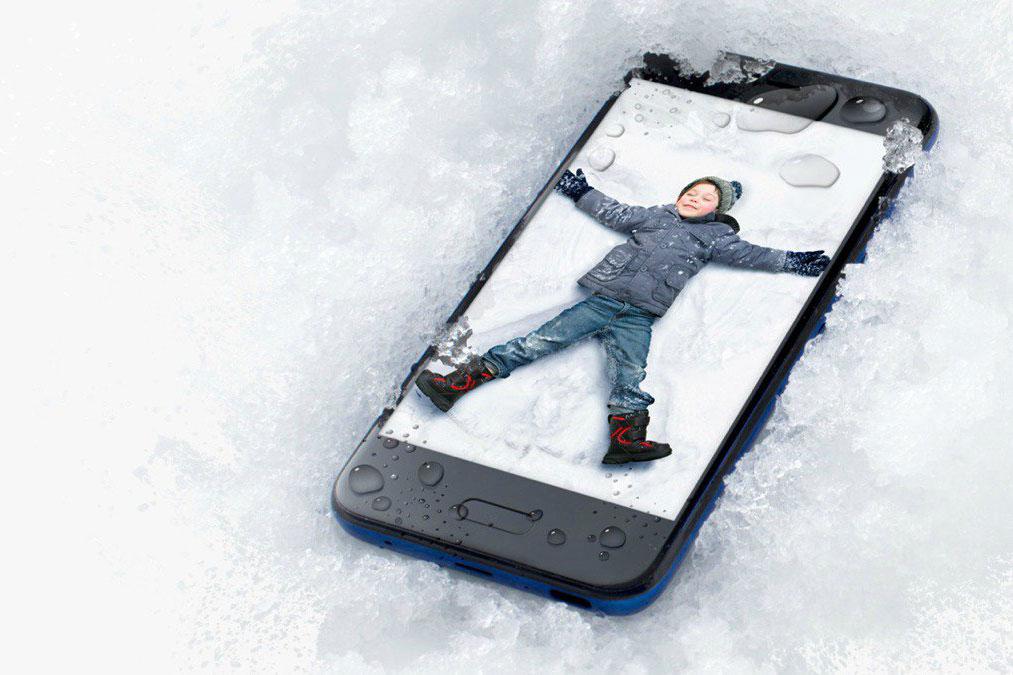 تماشا کنید: آنباکس اچ تی سی یو 11 لایف (HTC U11 Life)