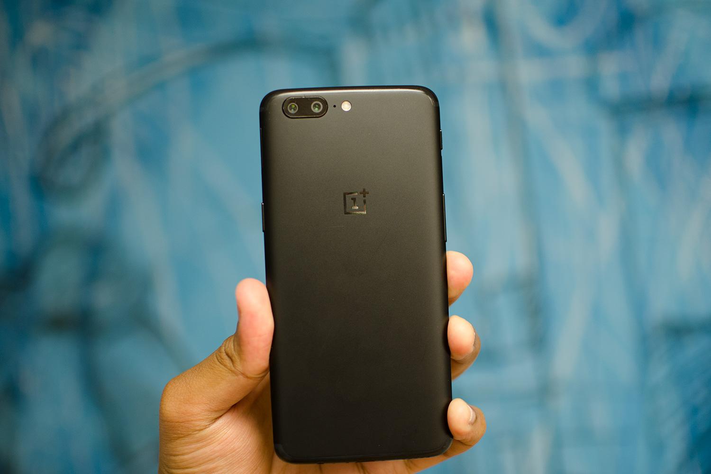 اسمارتفون OnePlus 5 یک بروزرسانی بتا از اندروید اوریو دریافت کرد