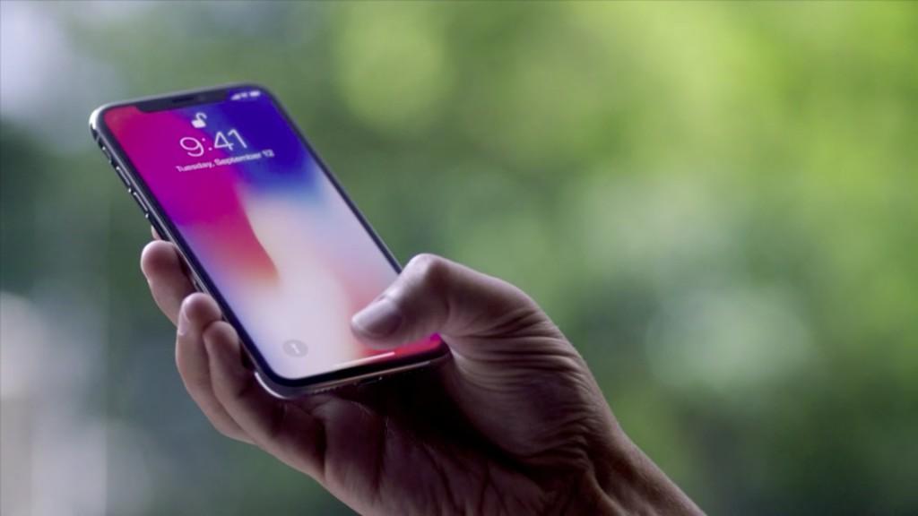 کسب رتبه اول فروش اسمارتفون در تعطیلات سال ۲۰۱۸ ؛ اپل آیفون X با ۲۹ میلیون عدد