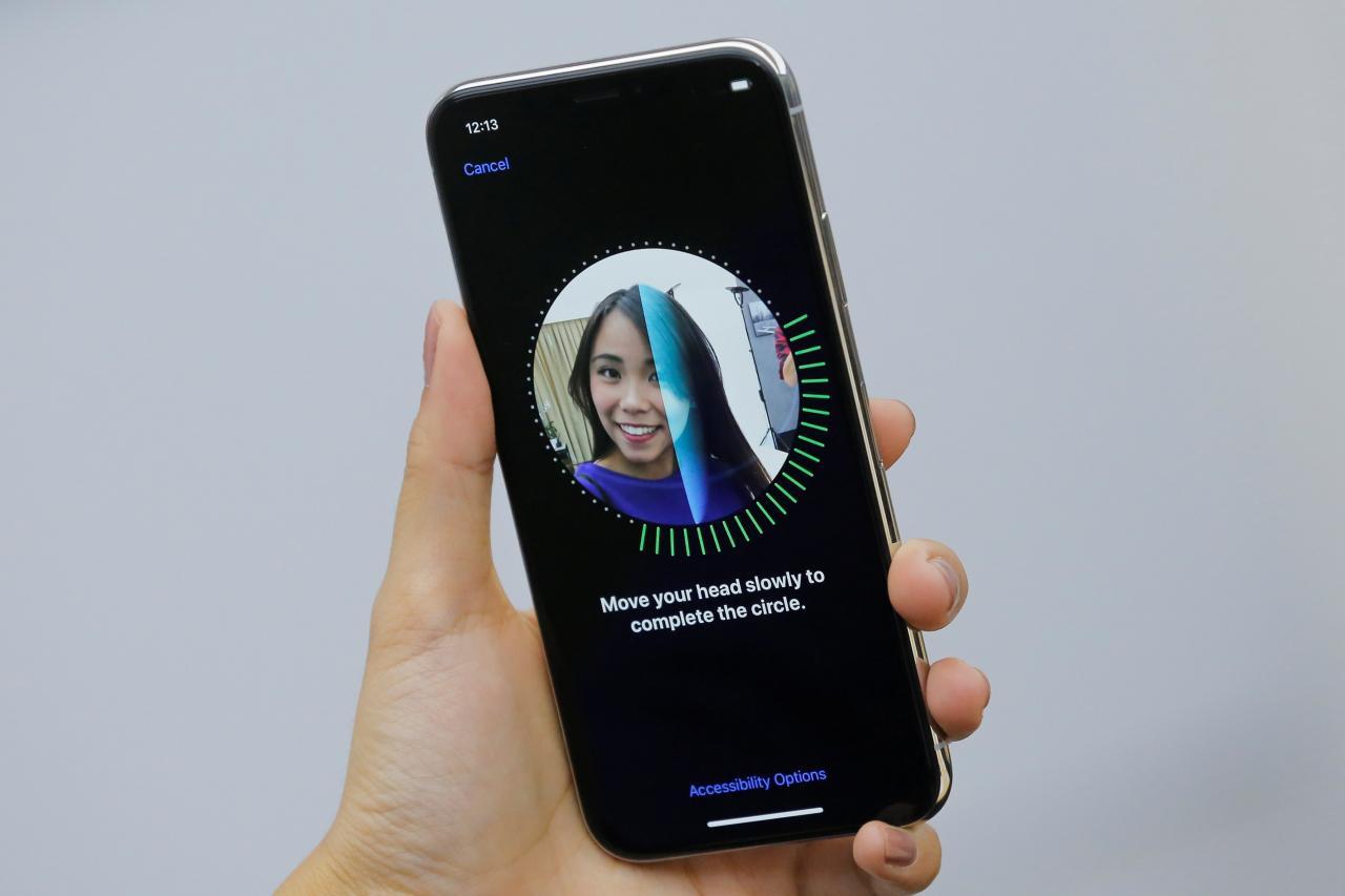 اپل face ID