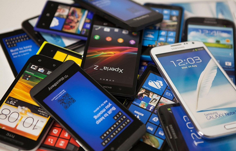 بیش از 70 درصد از موبایل های قانونی در فروشگاه های اینترنتی فروخته می شود
