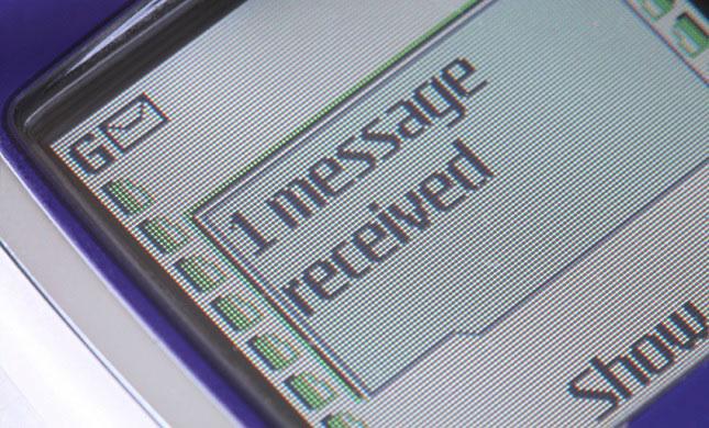 پیامک یا همان (SMS) اس ام اس 25 ساله شد
