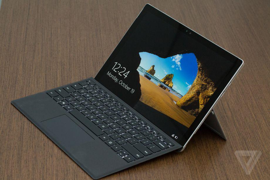 راهحل مشکل لرزش صفحه نمایش سرفیس پرو ۴ (Surface Pro 4 flickering) کشف شد ؛ یخ !