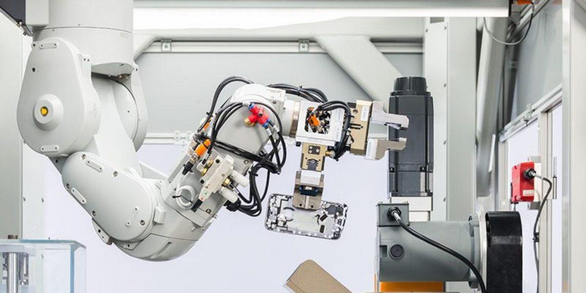 ربات اپل Daisy