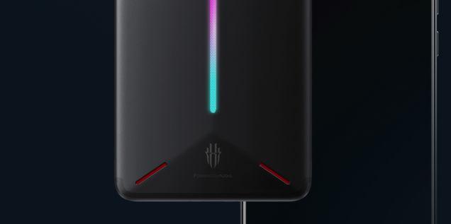 گوشی موبایل مخصوص بازی Nubia Red Magic با چراغ LED RGB و قیمت ۴۰۰ دلار رسما معرفی شد